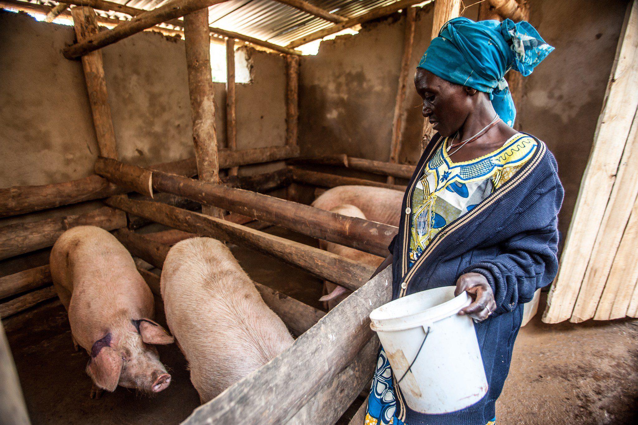 Help end poverty in Rwanda